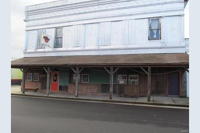 110 East Peters Avenue - Photo 1