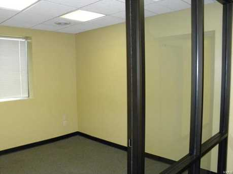 406 East Wabash St - Photo 5