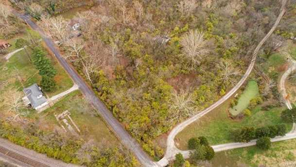 1138 Wolf Hollow Road - Photo 11