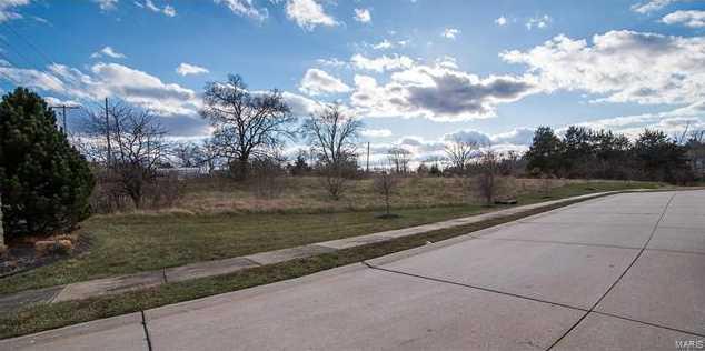311 North Point Prairie Road - Photo 1
