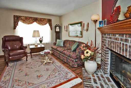 16527 Carriage View - Photo 3