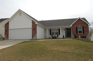 825 Pecan Hill Dr. - Photo 1