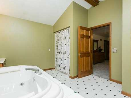 12359 Lakeview Ct - Photo 31