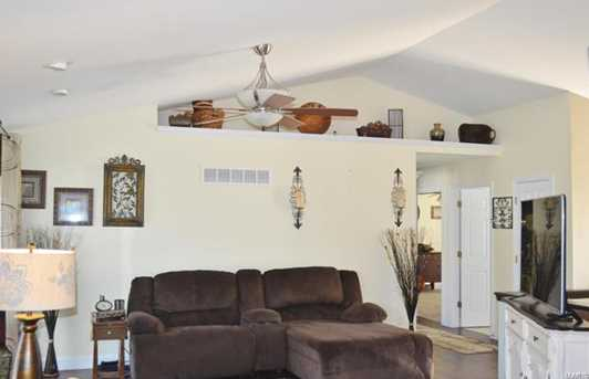 1321 Apple Blossom Lane - Photo 3