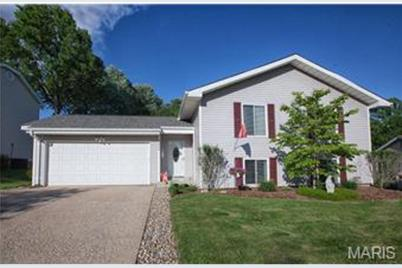 2486 Country Place Drive - Photo 1