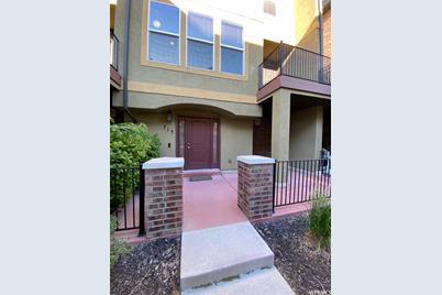 715 W Kirkbride Ave - Photo 1