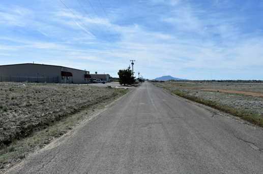 8967 Laredo Dr - Photo 5