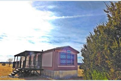 24101 W Crooked Horse Trail - Photo 1