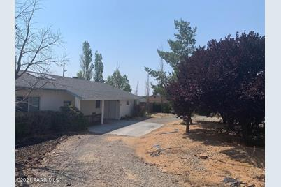 6385 N Rockland Drive - Photo 1