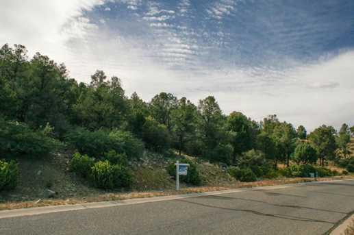 651 West Lee Boulevard - Photo 5