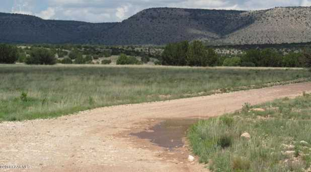 1829 Silent Spring Canyon - Photo 3