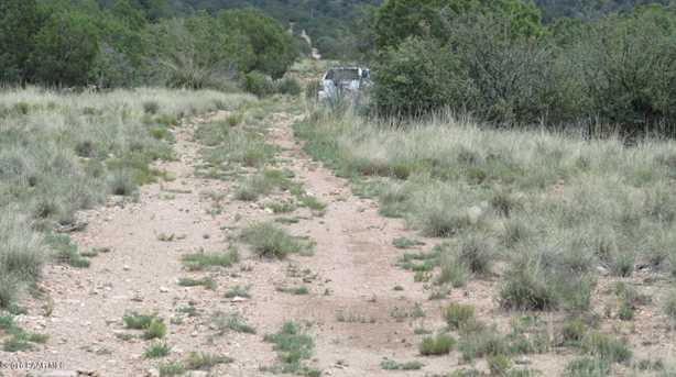 1829 Silent Spring Canyon - Photo 15
