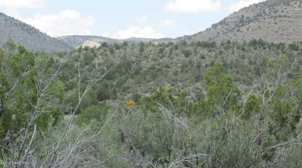 1829 Silent Spring Canyon - Photo 19