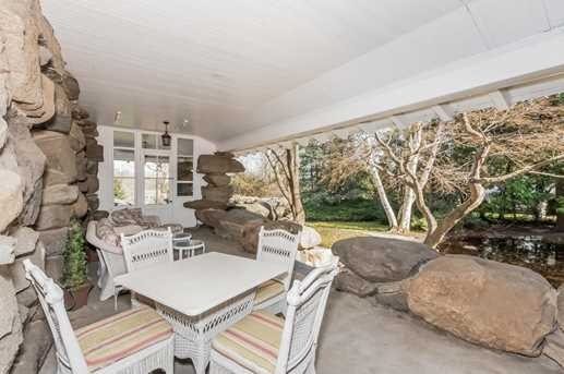 432 Field Point Road - Photo 23