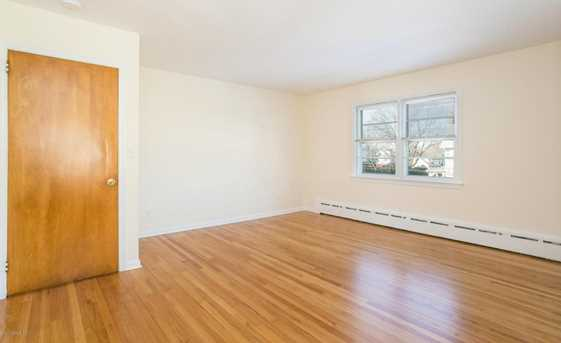 28 Reynolds Place #2nd Floor - Photo 2