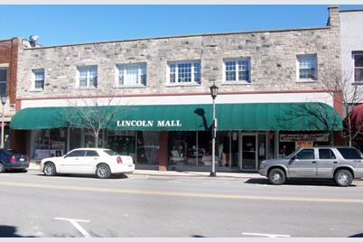 425 Lincoln Highway - Photo 1
