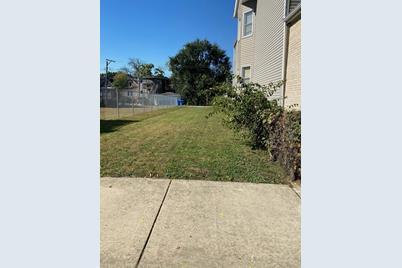 7418 S Drexel Avenue - Photo 1
