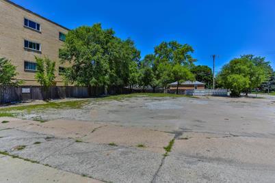 6000 Lincoln Avenue E - Photo 1