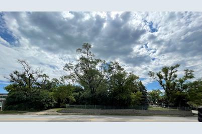 962 Meadowlawn Avenue - Photo 1
