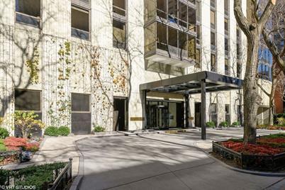 100 E Bellevue Place #5A - Photo 1