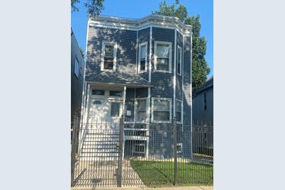 2841 N Maplewood Avenue - Photo 1