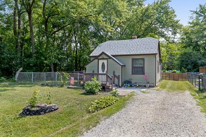 338 Willow Road - Photo 1