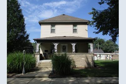 211 N Blaine Avenue - Photo 1