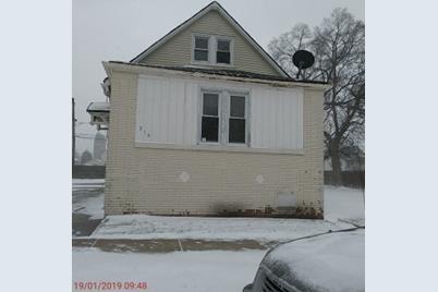 319 Pulaski Road - Photo 1