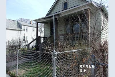 6549 S Carpenter Street - Photo 1