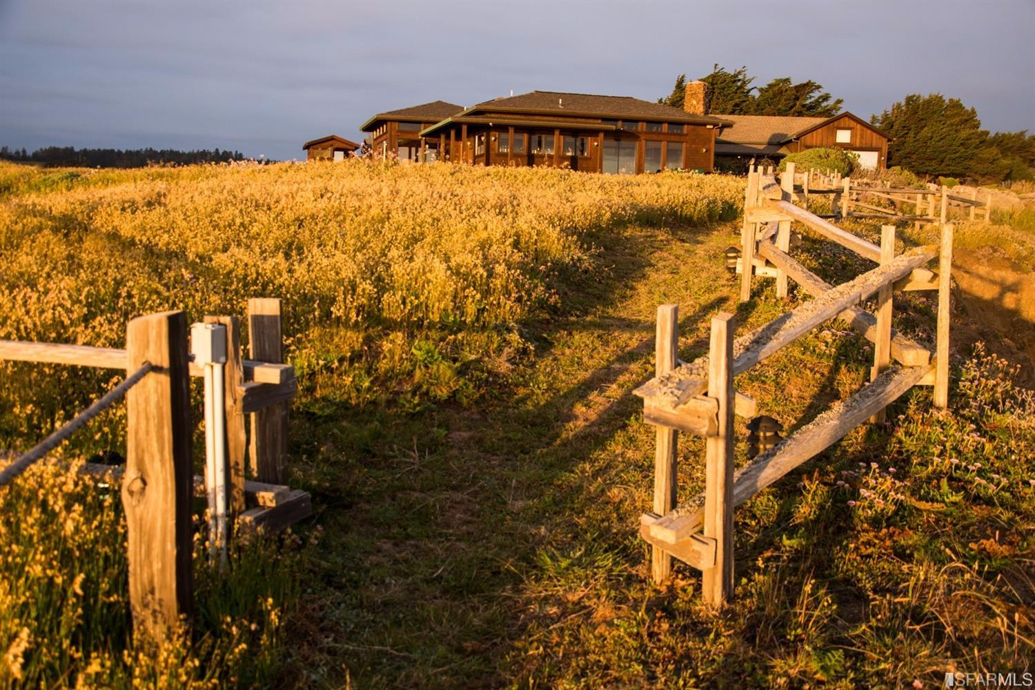 Additional photo for property listing at 34375 Pacific Reefs Road  MENDOCINO, CALIFORNIA 95410