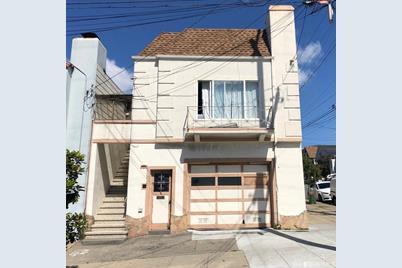 745 Brazil Avenue - Photo 1