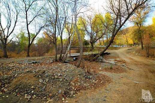 2581 Kanan Road - Photo 29