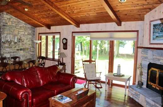 8422 Bues Point Rd - Photo 13