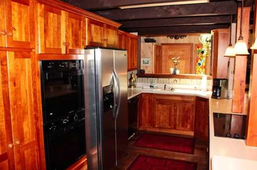 8422 Bues Point Rd - Photo 9