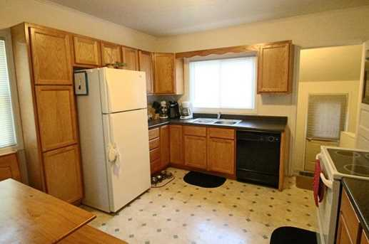 1033 Williams Street - Photo 3