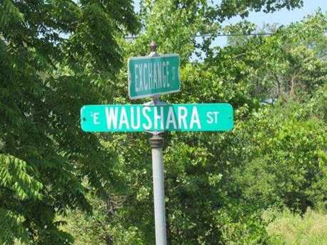 E Waushara St - Photo 7