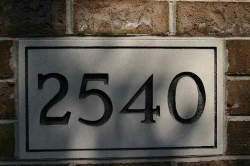 2540 Gaslight Court - Photo 2