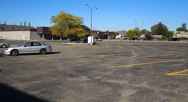 311 Winnebago Drive - Photo 4