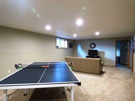 1399 Hillcrest Heights - Photo 37
