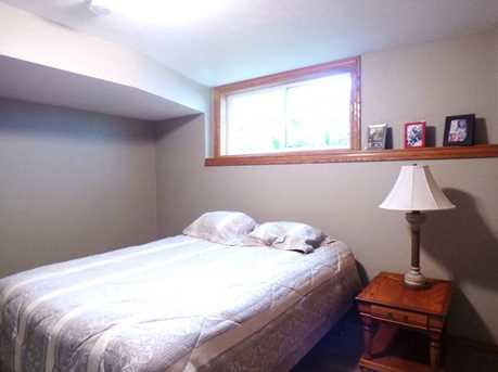 1399 Hillcrest Heights - Photo 41