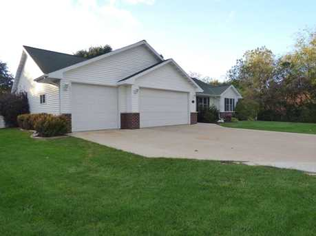 1399 Hillcrest Heights - Photo 3