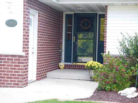 1399 Hillcrest Heights - Photo 2
