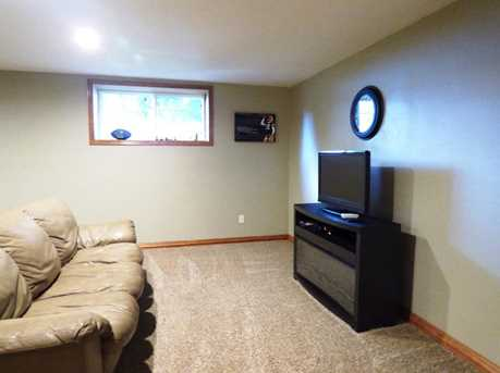 1399 Hillcrest Heights - Photo 38