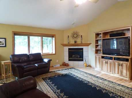 1399 Hillcrest Heights - Photo 14