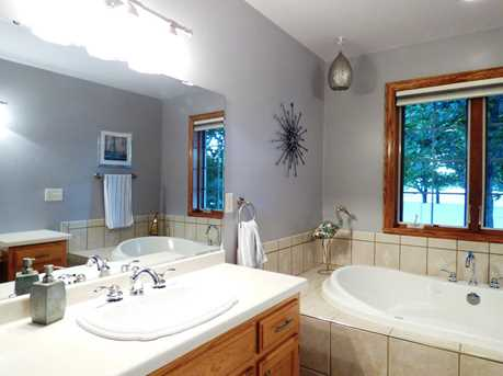 1399 Hillcrest Heights - Photo 29