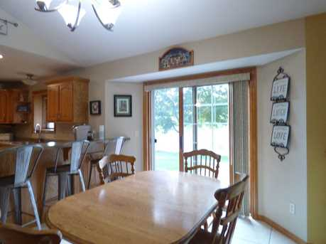 1399 Hillcrest Heights - Photo 8