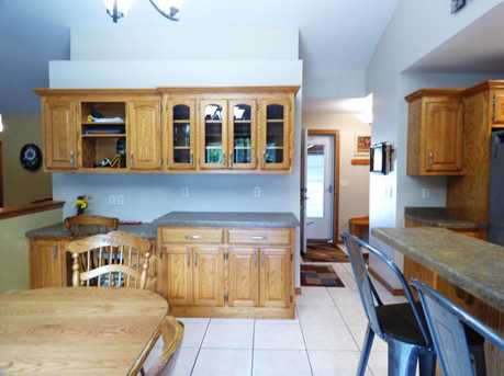 1399 Hillcrest Heights - Photo 9