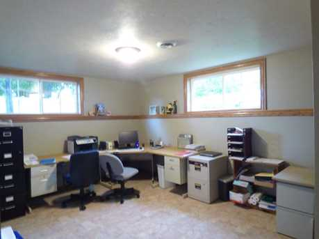 1399 Hillcrest Heights - Photo 43