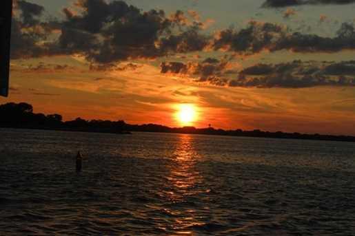 290 E Harbor View Drive - Photo 29