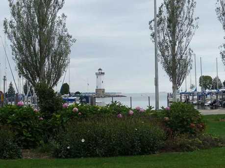 290 E Harbor View Drive - Photo 2